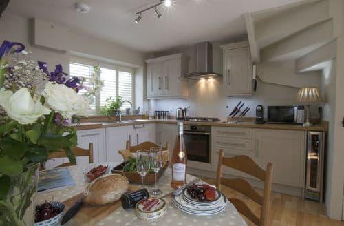 Last Minute Cottages - Excellent Painswick Cottage S69567