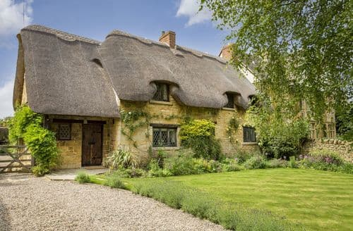 Dog Friendly Cottages - St Michael's Cottage, Broadway