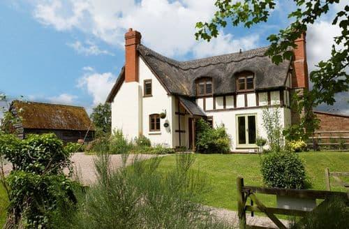 Big Cottages - Gorgeous Westhide Cottage S44755