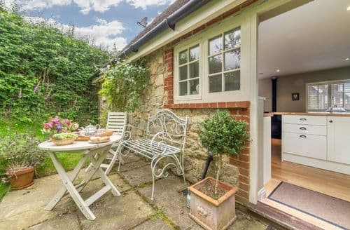 Last Minute Cottages - Exquisite Sevenoaks Cottage S41763