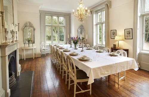 Last Minute Cottages - The Old Rectory and Coach House, North Tuddenham