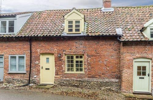 Last Minute Cottages - Delightful Gunthorpe Cottage S98692