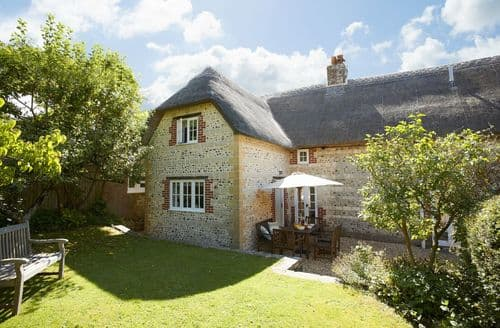 Last Minute Cottages - Luxury Sydling St Nicholas Cottage S44854