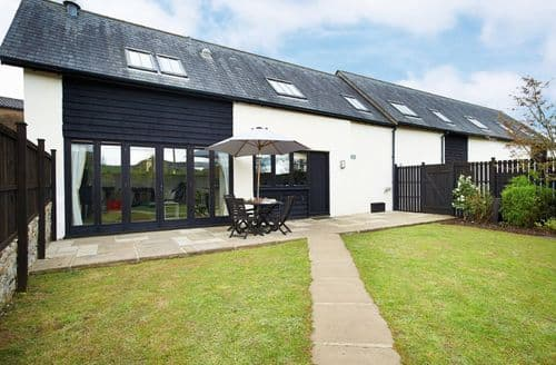 Last Minute Cottages - Quaint Buckerell Cottage S41652