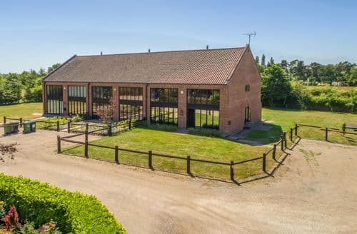 Big Cottages - Stunning Sculthorpe Cottage S41721
