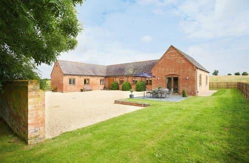 Big Cottages - Exquisite Southam Cottage S44750