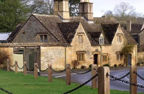Dog Friendly Cottages - Rosemary Cottage (Cotwolds), Lower Swell, near Stow on the Wold