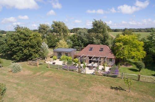 Last Minute Cottages - Cherrystone Barn, Ripe, nr Lewes