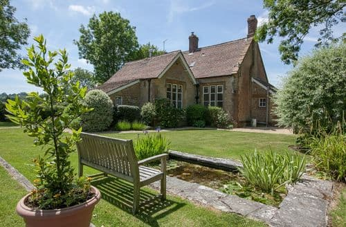 Last Minute Cottages - Splendid South Somerset Cottage S44864