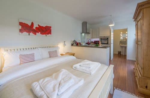 Last Minute Cottages - Inviting Mundesley Cottage S78469