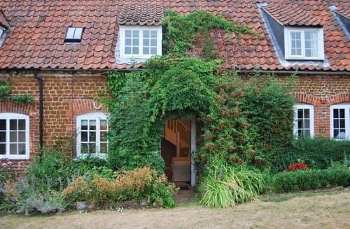 Last Minute Cottages - Tom's Cottage