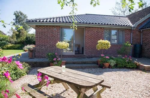 Last Minute Cottages - Adorable Stiffkey Apartment S71292