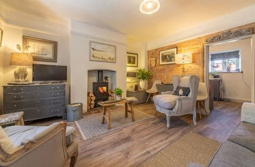 Last Minute Cottages - Stunning Holme Cottage S113668