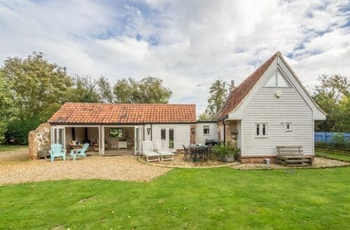 Last Minute Cottages - Captivating Whittlesey Cottage S89123