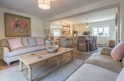 Last Minute Cottages - Tasteful Saxlingham Cottage S82741