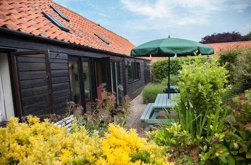 Last Minute Cottages - The Carriage House