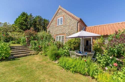 Last Minute Cottages - Excellent Binham Cottage S71302