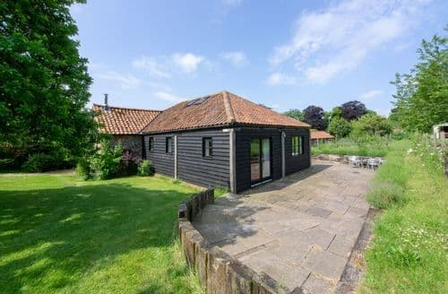 Last Minute Cottages - Attractive Langham Cottage S104224