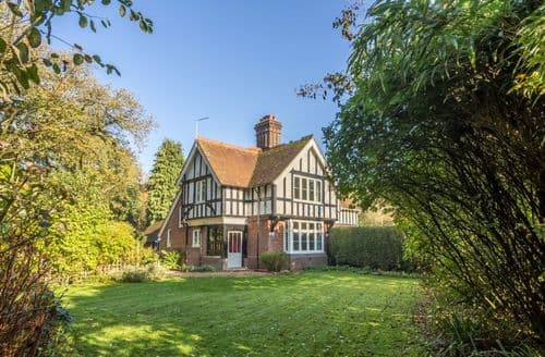 Last Minute Cottages - Attractive North Norfolk Cottage S88197