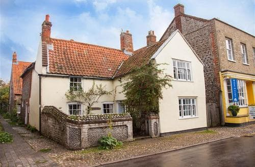 Last Minute Cottages - Tasteful Cley Next The Sea Cottage S75449