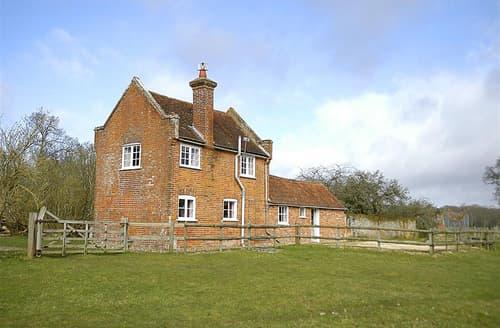 Dog Friendly Cottages - Royden Manor Annexe