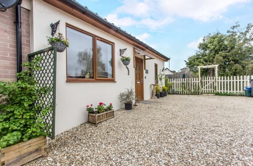 Last Minute Cottages - Little Arrish