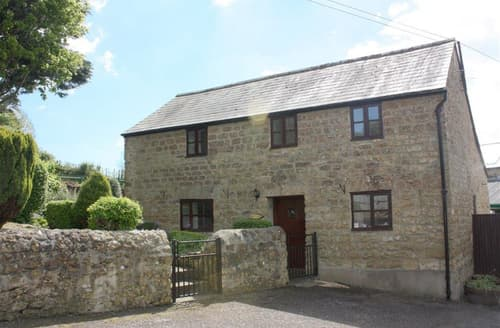 Last Minute Cottages - Excellent Dorset Bridport Cottage S102085