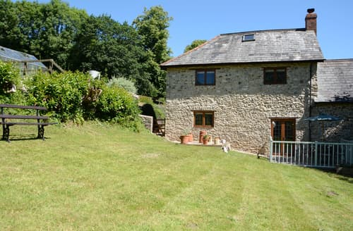 Last Minute Cottages - Burrow Hill Cottage