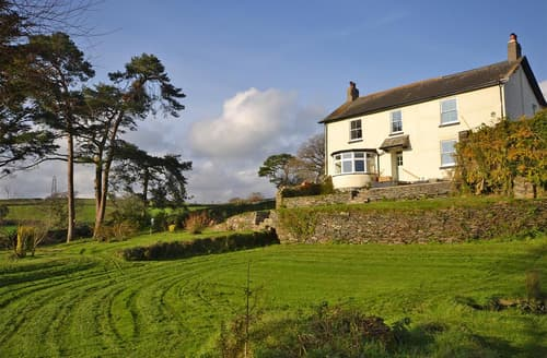 Last Minute Cottages - Charford Manor