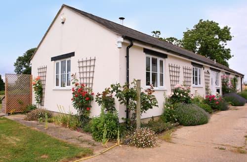 Last Minute Cottages - Dairy Cottage