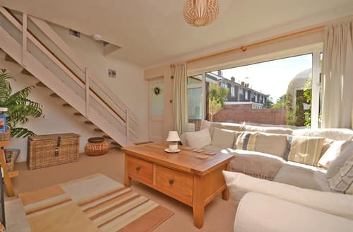 Last Minute Cottages - Superb Milford On Sea Cottage S102224