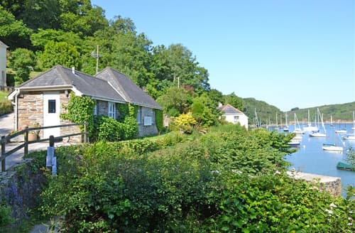 Last Minute Cottages - Luxury South Devon Noss Mayo Cottage S102049