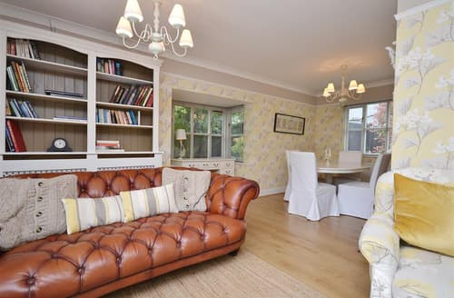 Last Minute Cottages - Inviting East Wellow Lodge S101981
