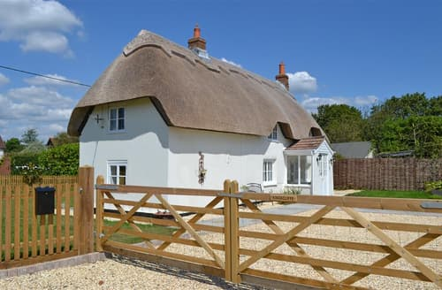 Last Minute Cottages - Kingscliffe Cottage