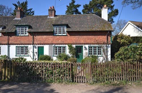 Big Cottages - Oak Tree Cottage