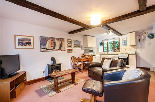 Last Minute Cottages - Barnaby Cottage