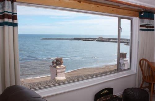 Last Minute Cottages - Charming Dorset Lyme Regis Apartment S102347