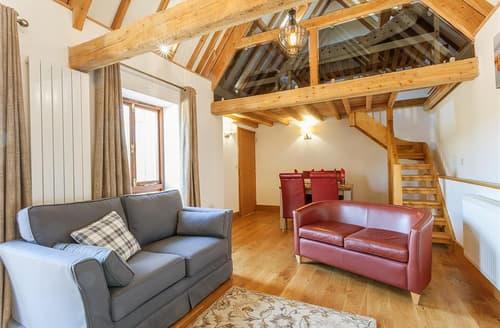 Last Minute Cottages - Linhay Cottage
