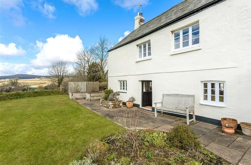 Last Minute Cottages - Lower Well Farmhouse