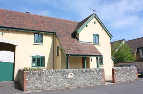 Last Minute Cottages - Exquisite Dorset Lyme Regis Cottage S102206