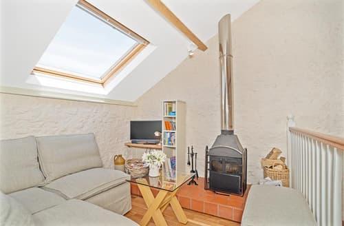 Last Minute Cottages - Wonderful East Devon Colyton Apartment S101795