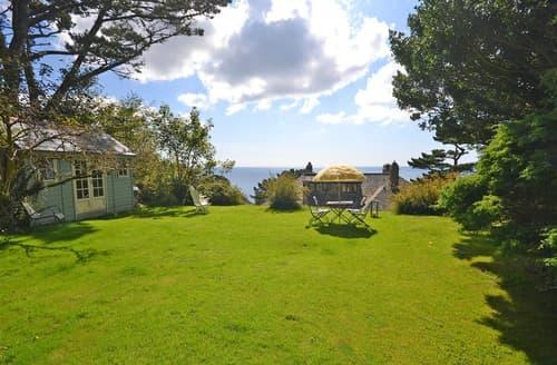 Last Minute Cottages - Quaint Cornwall Polperro Apartment S102181