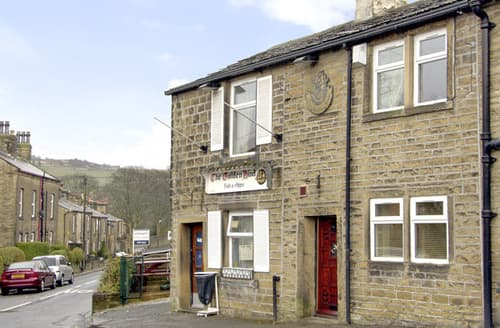 Last Minute Cottages - Quaint Keighley Cottage S3228