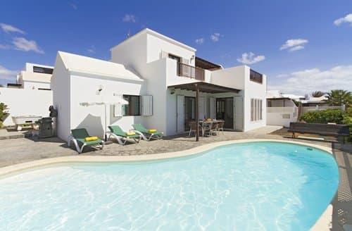 Last Minute Cottages - Villa Armida