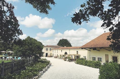 Last Minute Cottages - Manoir De La Ferme
