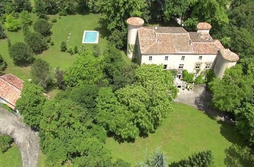 Last Minute Cottages - Chateau Des Cathares