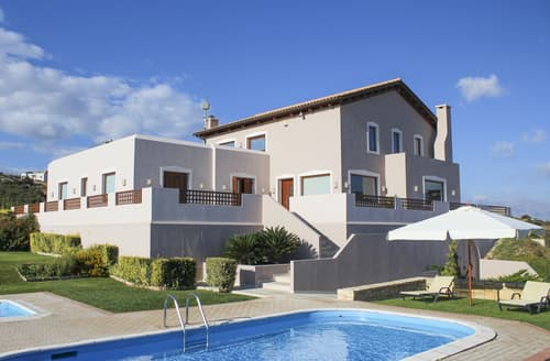 Last Minute Cottages - Villa Giannis