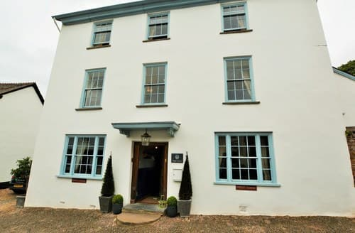 Last Minute Cottages - Excellent Minehead House S122895