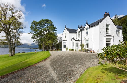 Last Minute Cottages - Holy Loch Manor