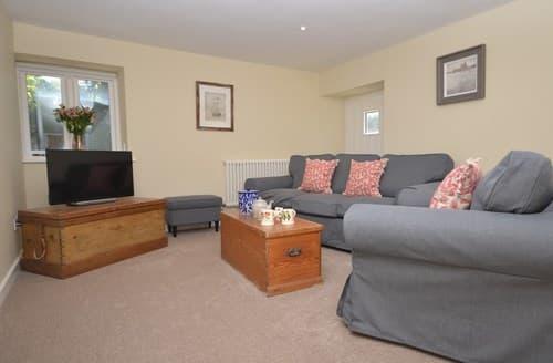 Last Minute Cottages - Wonderful Highbridge Barn S123060